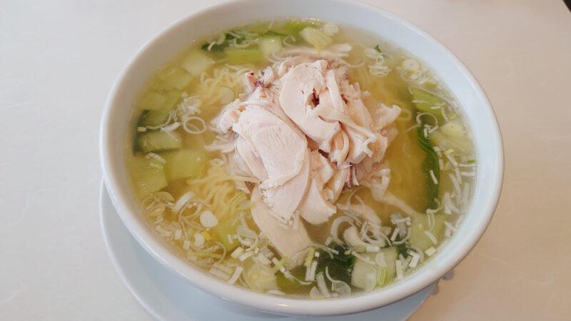 中国料理 文文 鶏絲湯麺(とりそば)