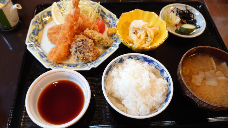 旬彩旬魚さる田 フライ定食