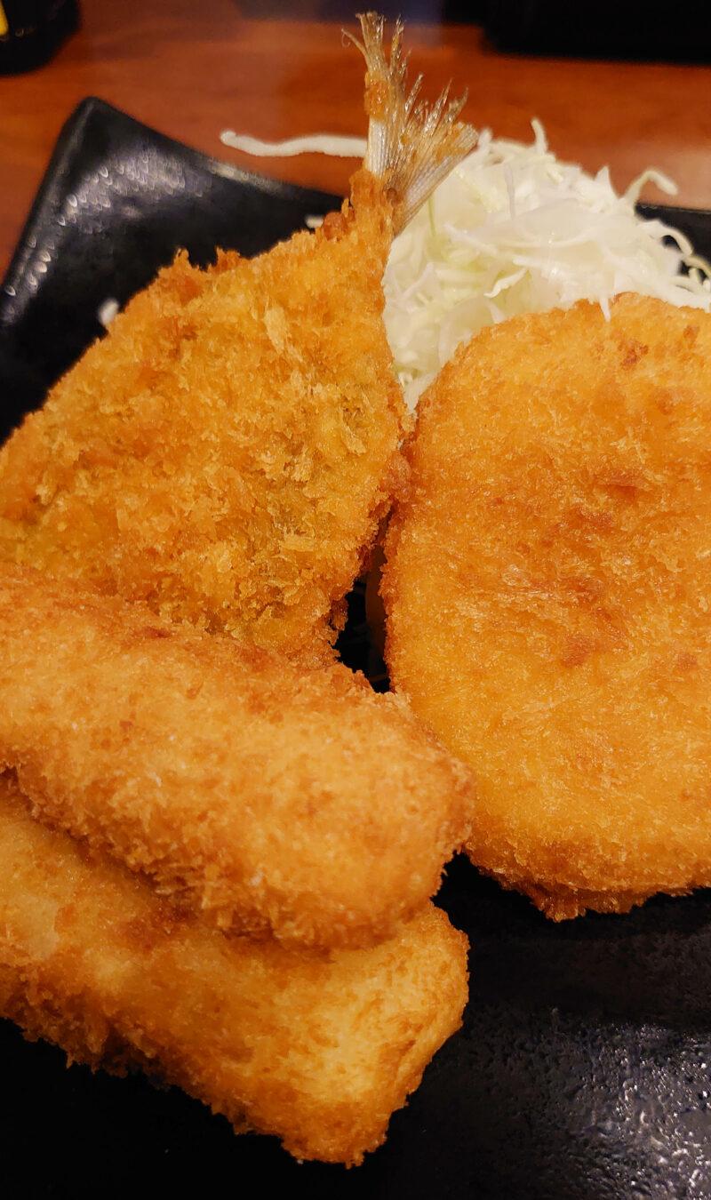 さくら水産 川口店の日替り定食 ミックスフライ